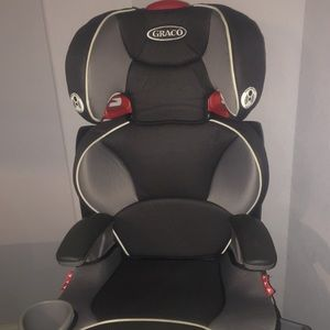 Adjustable booster seat,